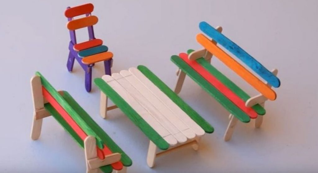 Handmade crafts from ice cream sticks-miniature seats