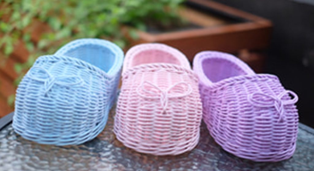 Handicrafts of Indonesian original rattan-shoes